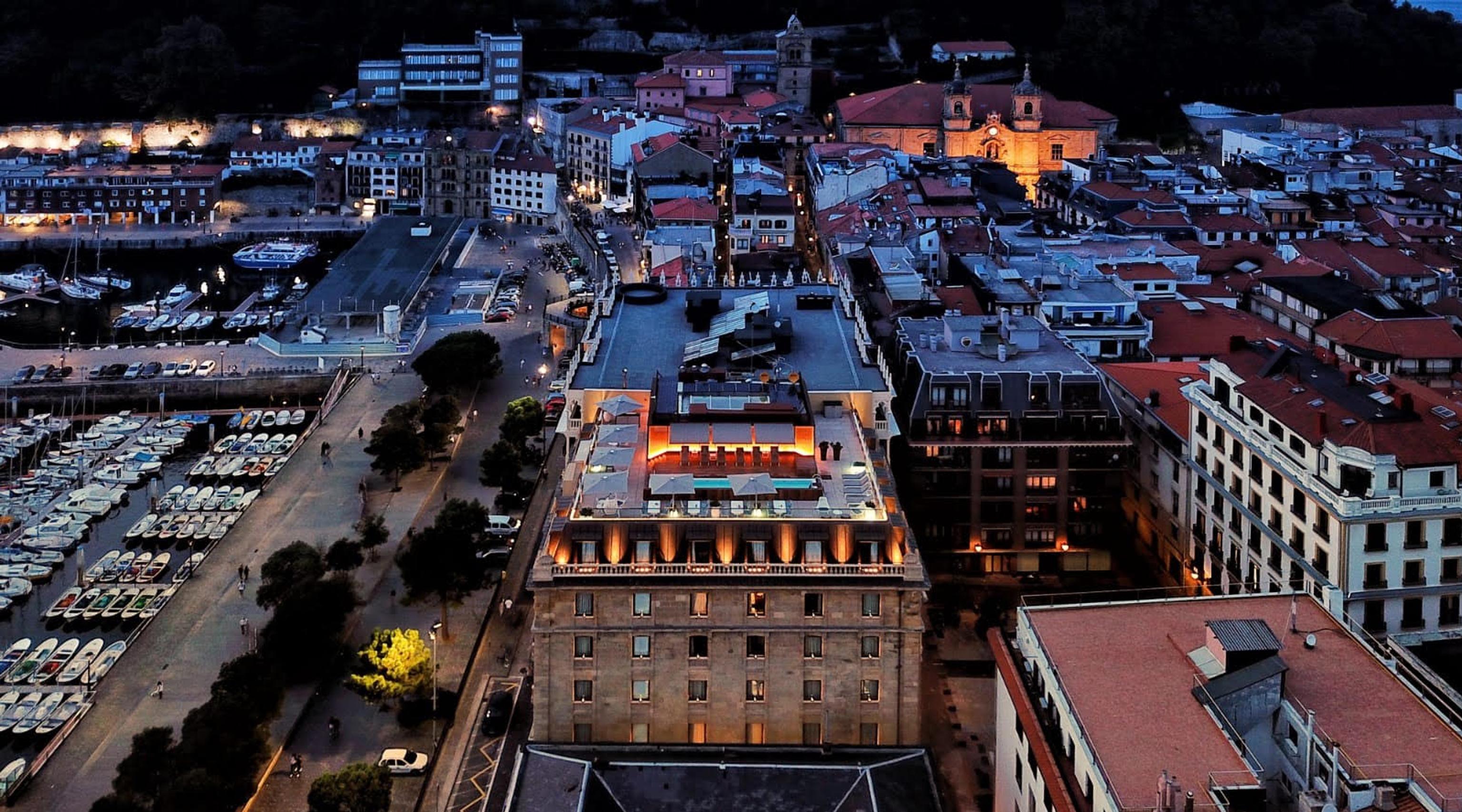 Lasala Plaza Hotel zU-studio architecture Joaquin Zubiria Top View 01