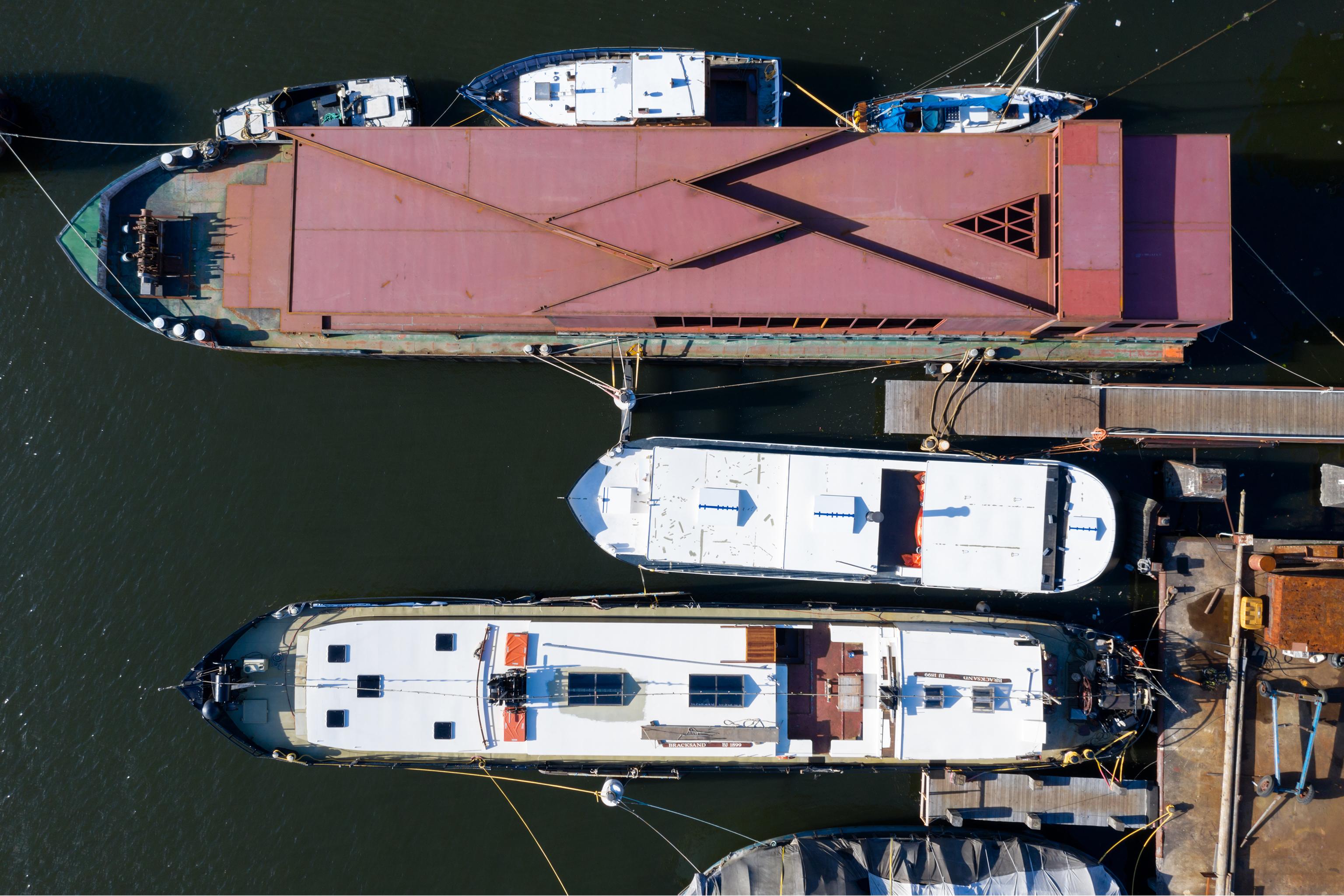Visual 12 Floating Pavilion in Amsterdam zU-studio