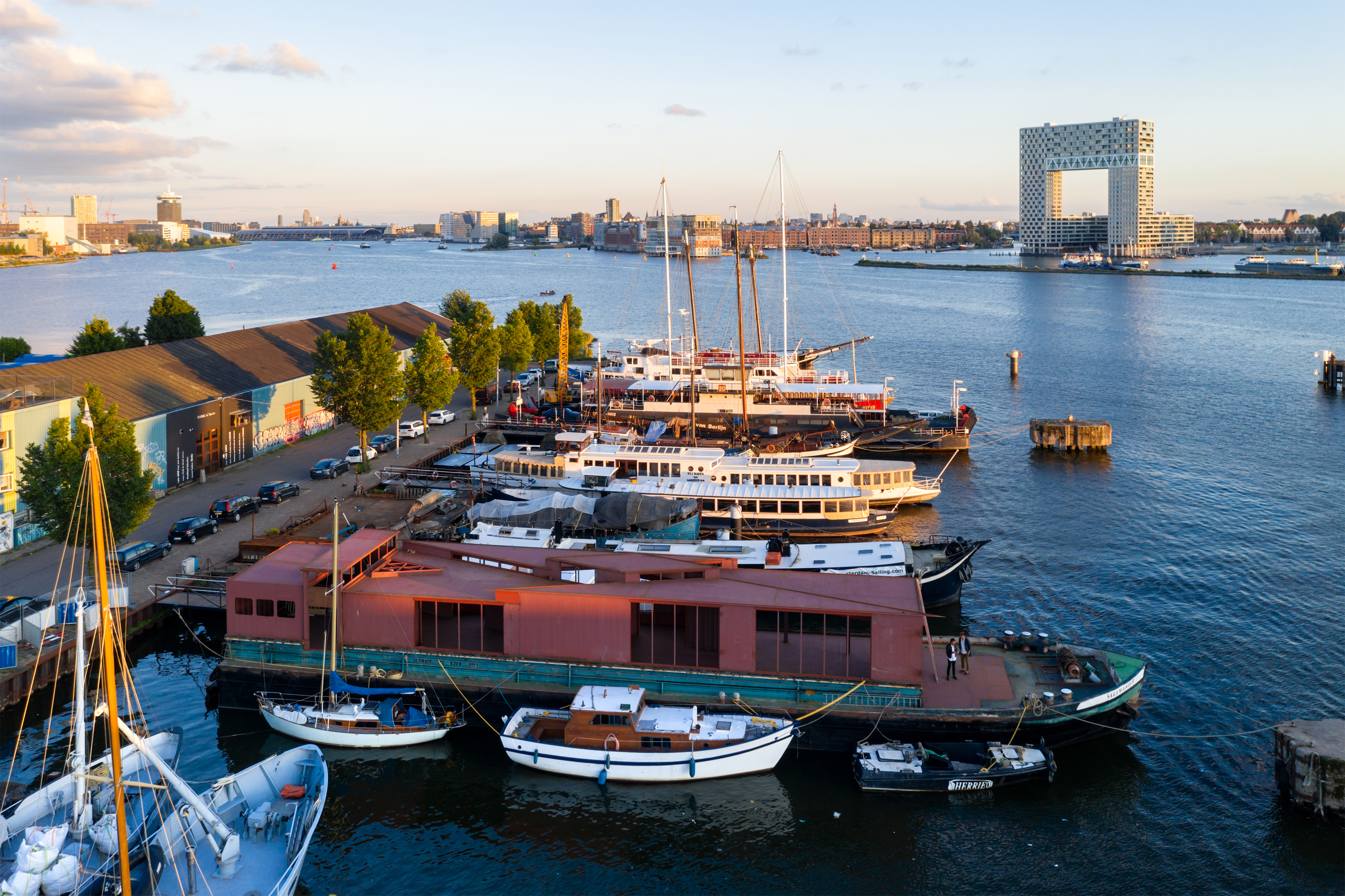 Visual 7 Floating Pavilion in Amsterdam zU-studio